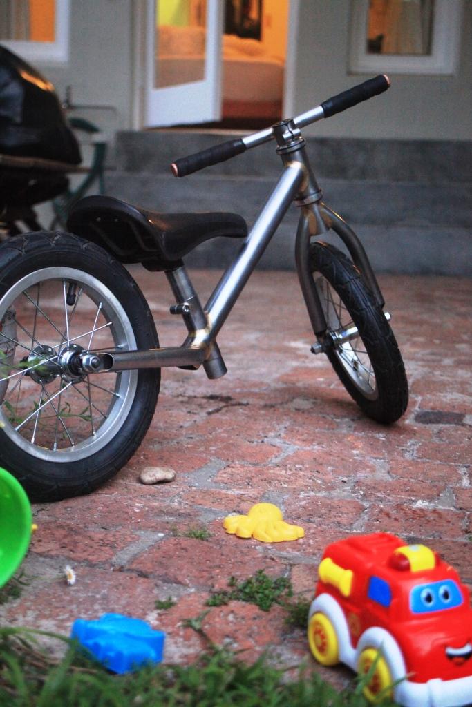 Balance bike rear