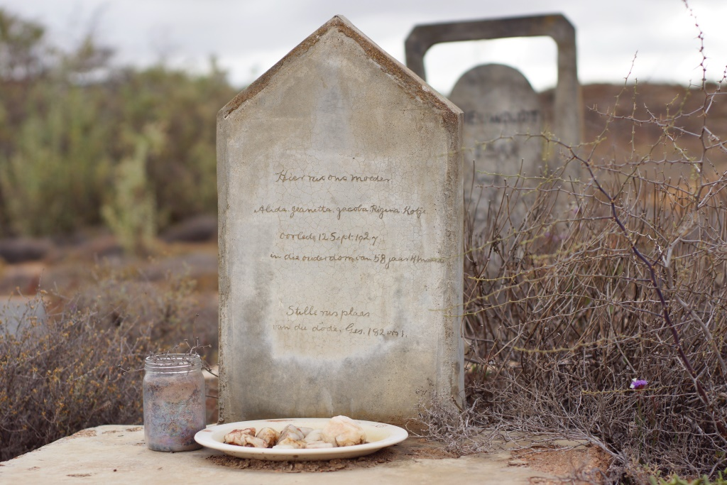 Mothers grave